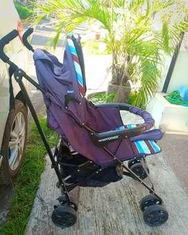 Stroller Merk BabyDoes