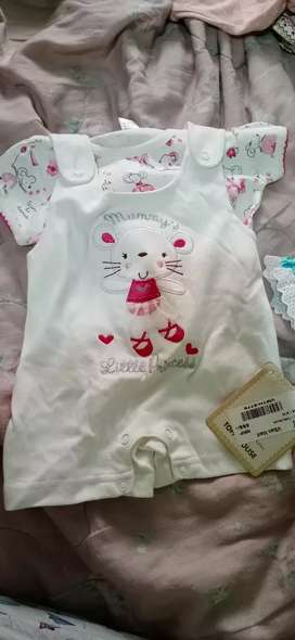 Brand new clothes with price tag(5 set) 3to 6month old