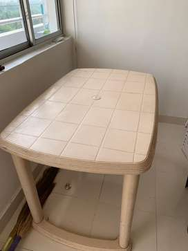 Cello brand 4 seater table