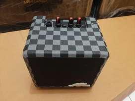 Amplifier 4inc gitar