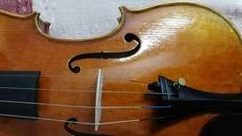 Master level handmade violin for sale. Very high quality.