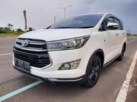 Toyota Kijang Innova Reborn 2.0 Venturer AT 2017 Matic pajak 08/2021