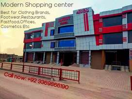 Fresh shopping plaza at main ringroad