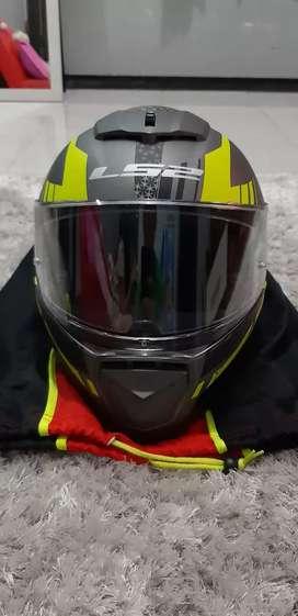 Helm LS2 Breaker