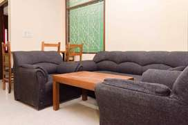 4 BHK Sharing Rooms for Women at ₹8000 in Kalkaji, Delhi