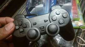 ps2 new controler and adapter av cabel ACEESERIOS