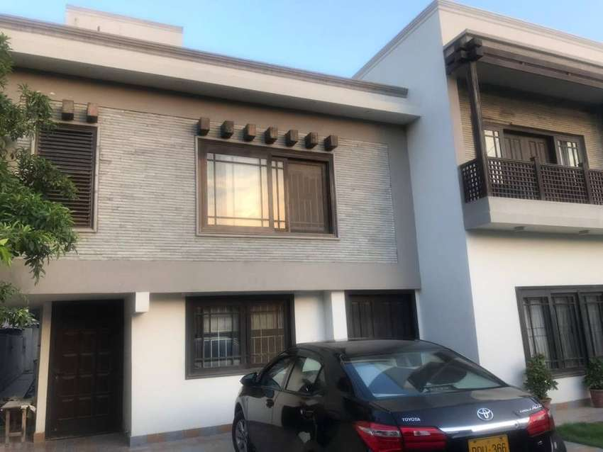 500 Sq Yards House upper portion in DHA Phase 1 for rent 0