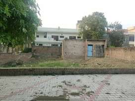 1 Kanal (Owner)Corner Plot For Sale Sector 70,Mohali,Side & Front Park