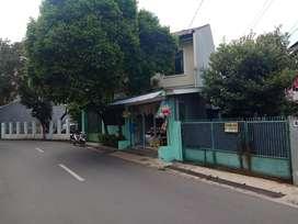 Jual tanah dan bangunan (rumah) 2 lantai Jakarta selatan