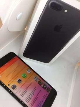 IPhone 7plus 32gb { excellent condition )