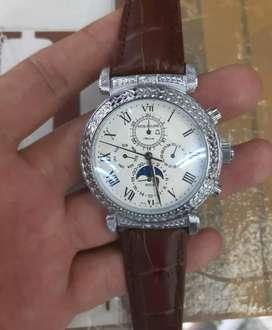 Di jual jam tangan pathek Philip otomatis  dan bersih dan mulus loh