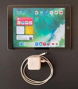 "Apple iPad 9.7"" 32GB (5th Gen) in excellent condition"