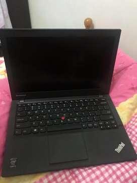 Lenovo ThinkPad X240 dan 2 units ssd