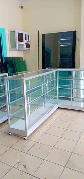 km agen etalase kaca baru| barang ready uk. 1,5 meter dan 1 meter
