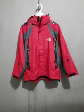 Jaket Outdoor THE NORTH FACE, RN 61661, Good Preloved Condition