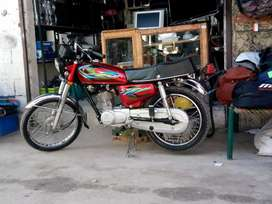 How iam selling Honda 125 in very good condition