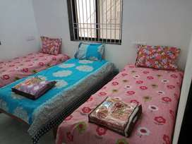Shiv Lok PG Hostel, Vadodara - for Boys / Men