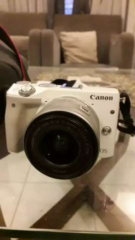 Kamera mirrorles Canon eos M3 murah