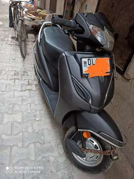 Activa 5g ,only 14 month old at 45000. Excellent condition