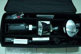 Bowens Gemini R500 BNIB