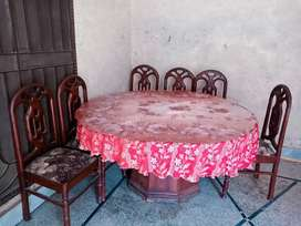 Dining  table  /round table  with 6 chairs