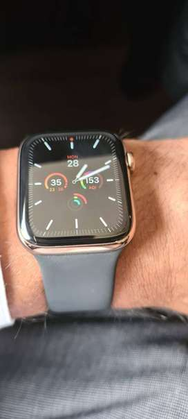 Apple Watch 5 series GPS + Cellular