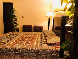 Guest Rooms avail for rent near New Airport