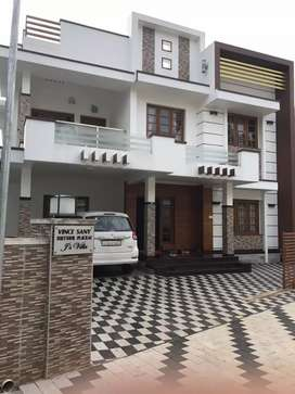 At Angamaly town 400 m 4 bhk luxury will for rent or sale