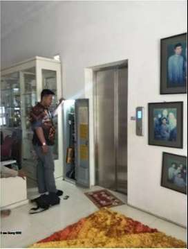 HOME ELEVATOR / HOME LIFT