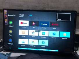 """32"""" smart Android  A+ panel"""