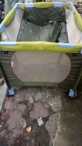 tempat tidur bayi box kondisi barang mulus tinggal pakai ada ranselnya