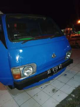 Dijual Toyota Hiace pick up tahun 81