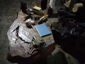 Kursi dan meja kerja dari akar kayu jati