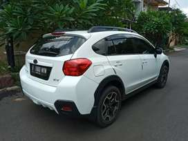 Subaru xv 4wd  putih bagus