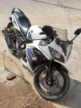 Yamaha R15 new condition