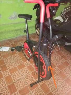 Sepeda fitnes Platinum fc bike dual mode