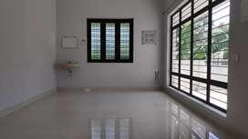 2 bed spacious house 1st floor in Eanchakkal 10000