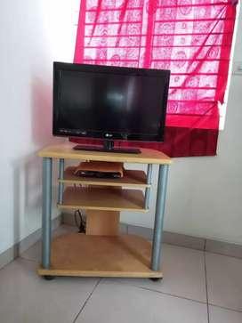LG TV 26 inch flat screen