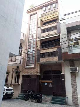 50 mt. Independent house for sale in sec 13