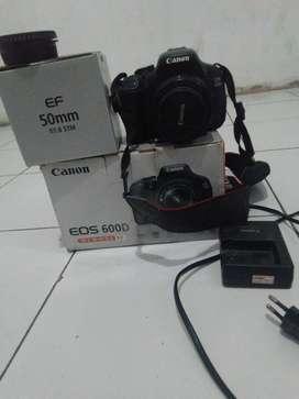 Kamera canon 600d lensa fix 50mm stm