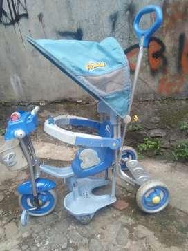 Sepeda family roda tiga 2nd