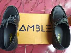 AMBLE BLACK SEPATU KERJA