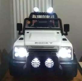 Mobil mainan aki:70