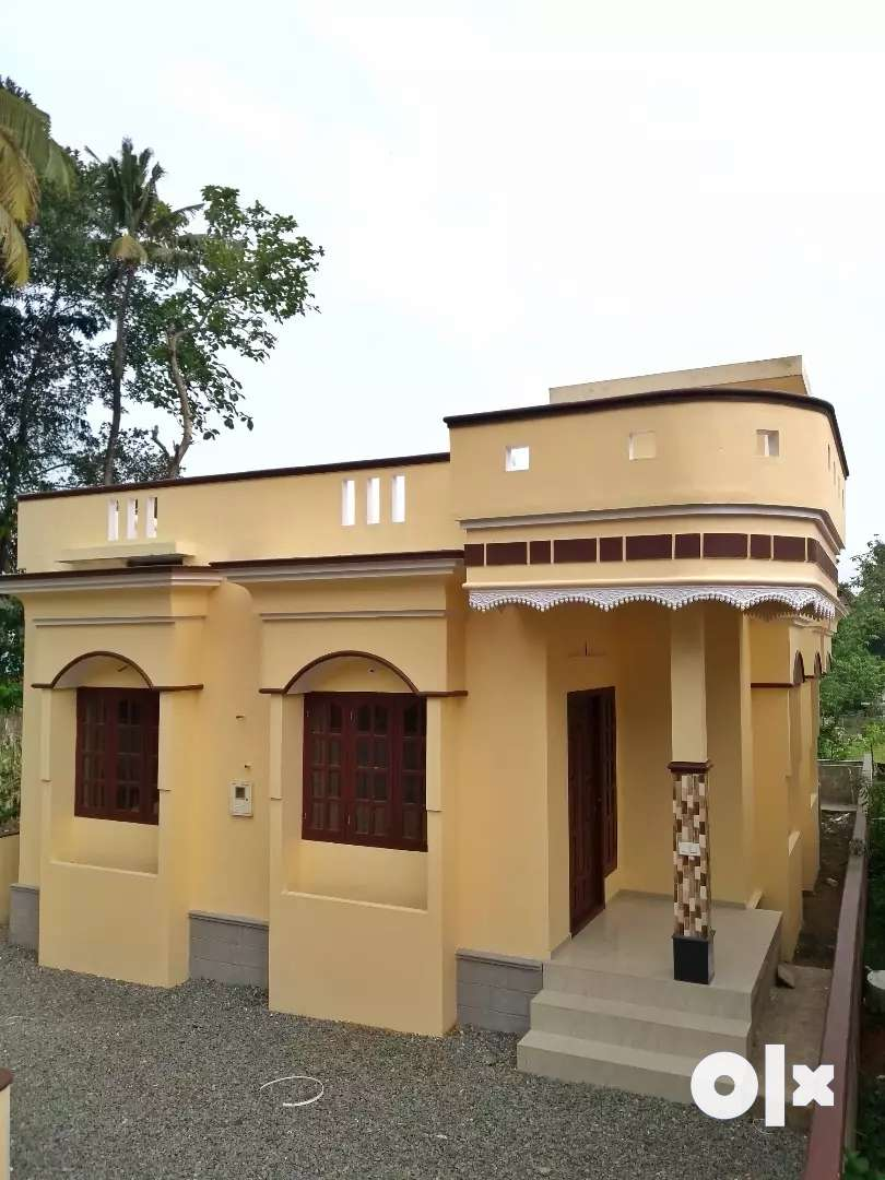 New house for sale in koratty