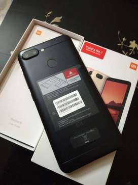 Redmi 6 with finger good condition with bill charger