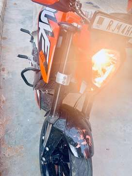 Ktm duke 200 2016 model clean nd mint condtion upgrade to 390