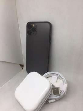 IPHONE 11 pro 64GB SPACE GREY COLOUR APPLE WARANDY AVAILABLE**