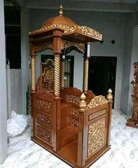 Mimbar model kubah untuk masjid