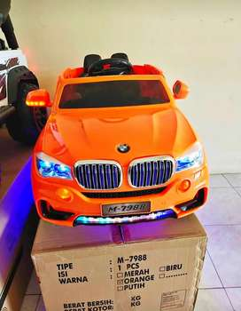 [COD] Mobil Mainan Aki BMW / Mobil Mainan Remot Bisa Dikendarai