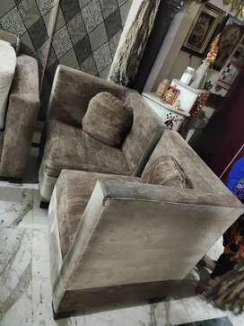 Sofa 9 Seater With Centre Table